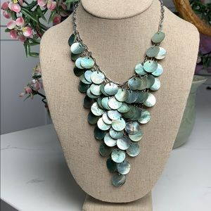 Jewelry - Vintage Statement Necklace